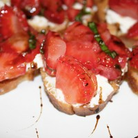 strawberrygoatcheese